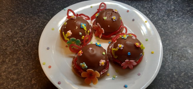 Finished chocolate no-cook Easter bonnets. Illustrative purposes only.
