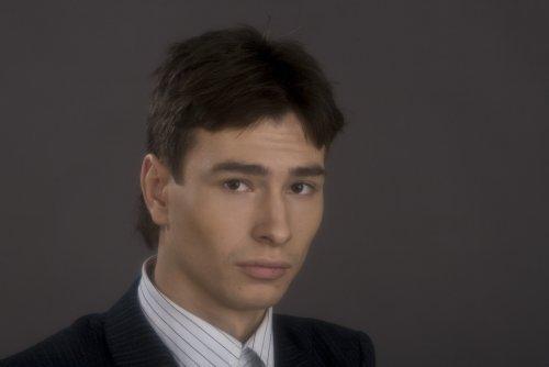 Максим Онищенко - фотографии - российские актёры - Кино ...
