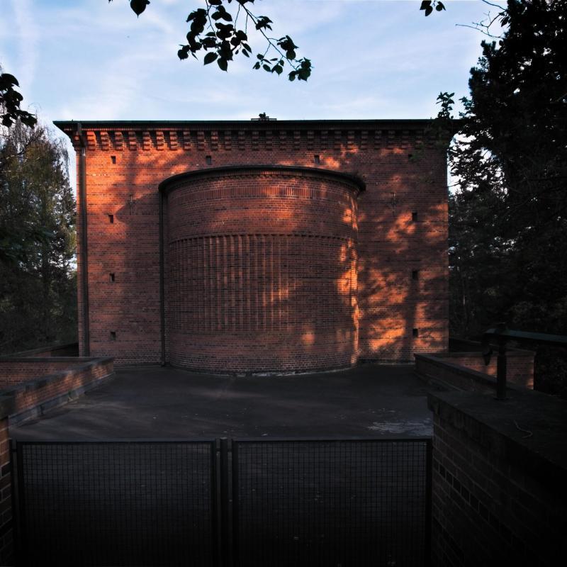 Silence in bricks - Friedhof Heerstrasse - Berlin