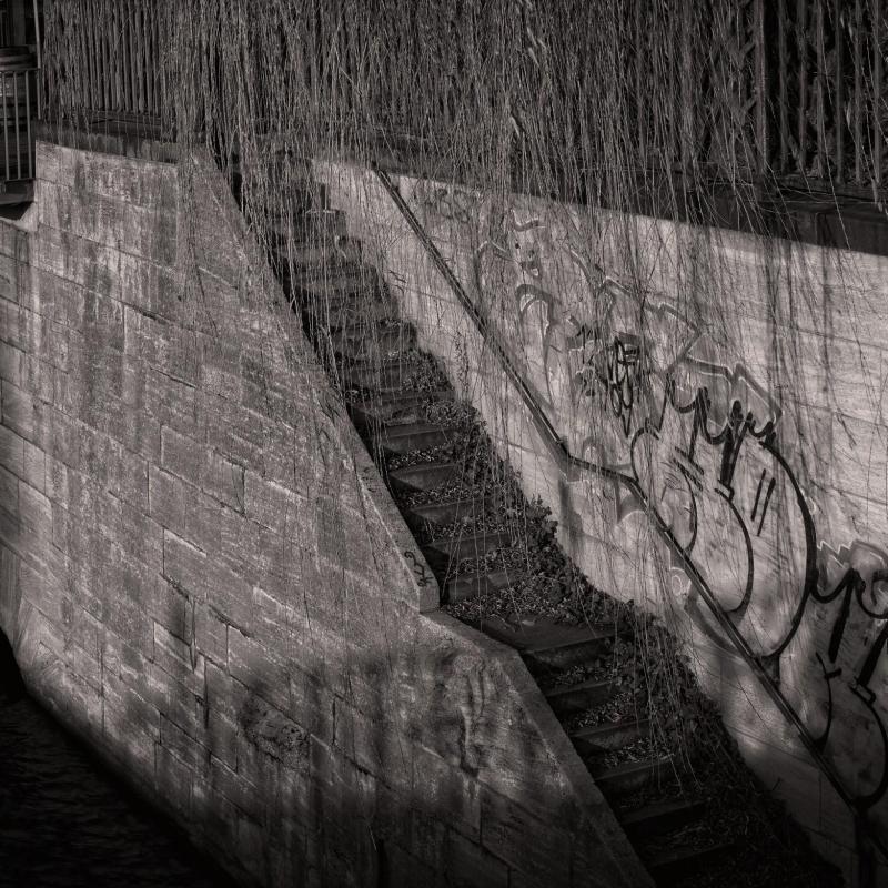 Stairs Graffiti to Nordhafen kanal - Berlin