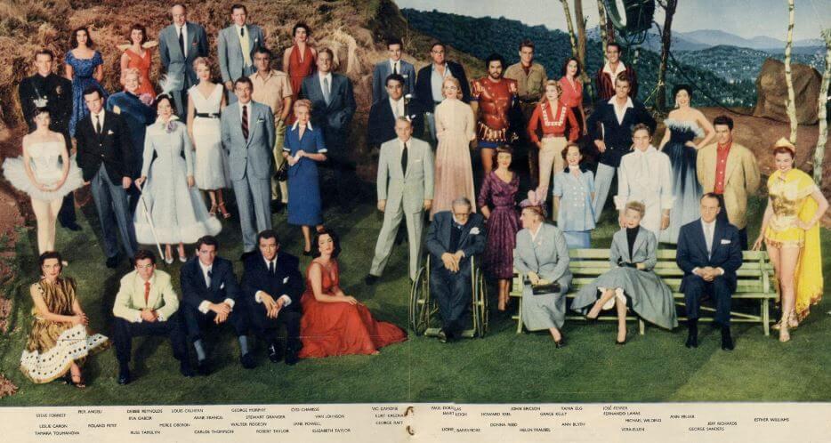 Studio MGM zaswój sposób nafilmowy marketing obrało chwalenie się swoimi gwiazdami kina.Wspólne zdjęcie wszystkich największych gwiazd MGM zlat 50. Prasa rozpisywała się, żetonajdroższe zdjęcie jakie kiedykolwiek powstało (oszacowano je naówczesne 42 tys. dolarów). Są tu między innymi takie osobistości jak Elizabeth Taylor, Donna Reed, Janet Leigh, czyRobert Taylor. Żeby je wykonać, zatrzymano pracę nad7 filmami.