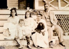 The Swain Family Summer 1915 conv