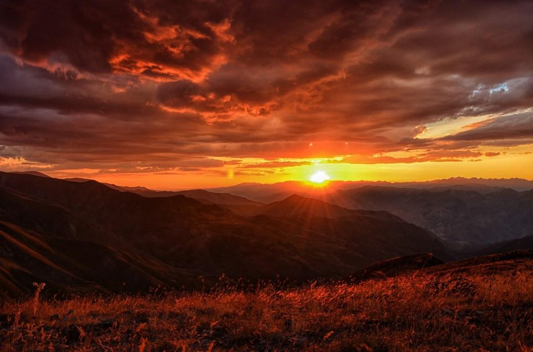 sunset-3134706_1280