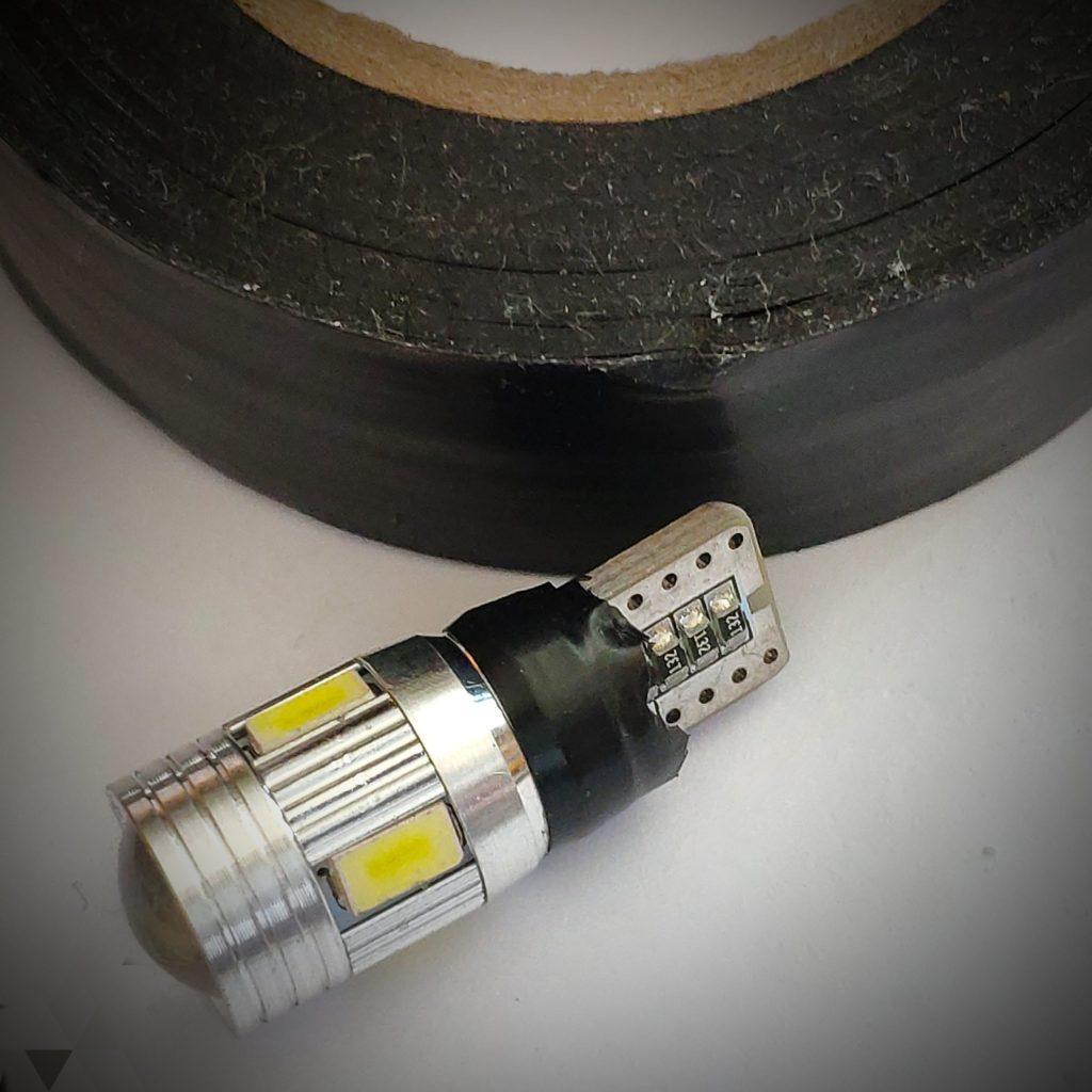 T10 LED バルブ