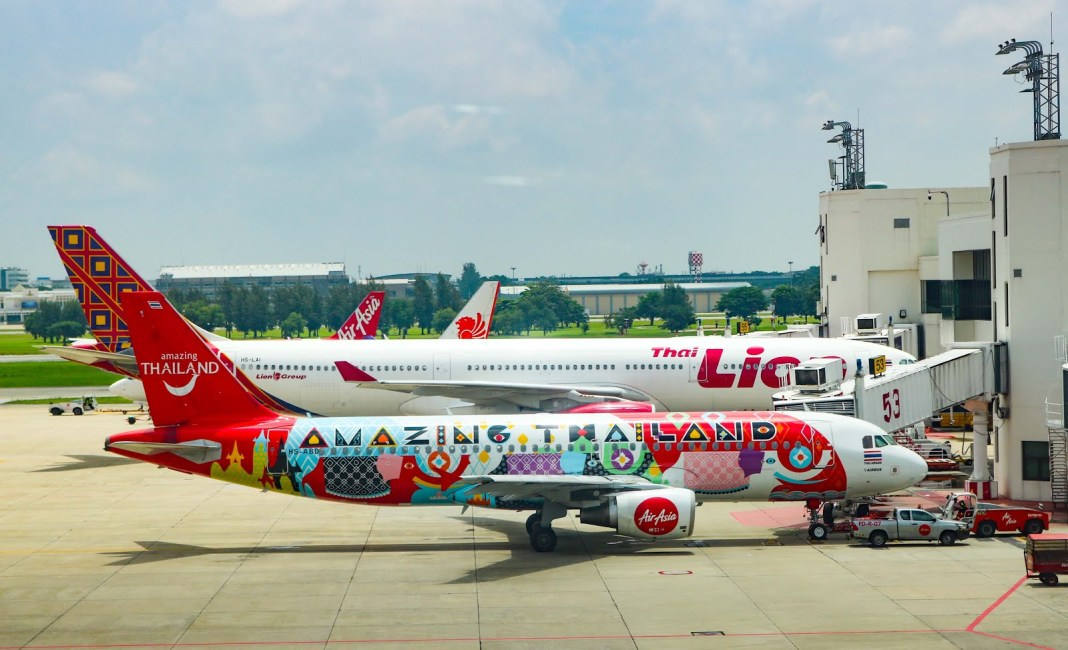 Air Asia THailand Amazing livery