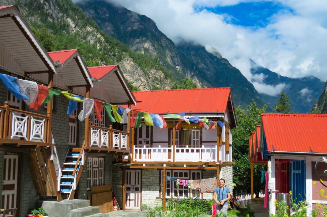 Guest House at Manang route