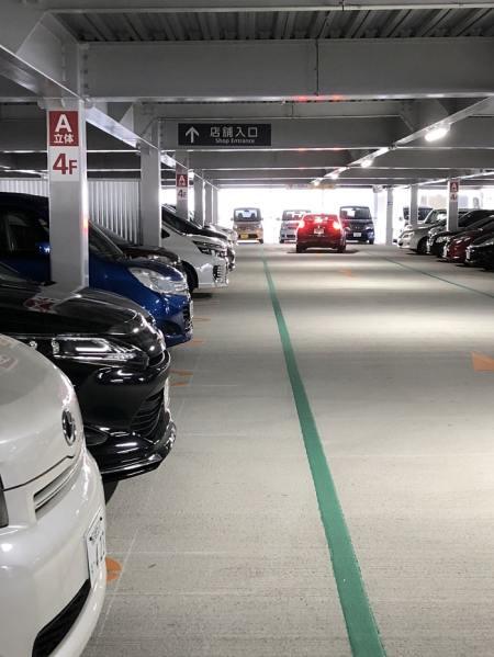 rarapo-to 駐車場内画像