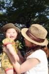 赤ちゃんの日焼け止めは必要?顔の洗い方はどうする?なめる場合の対処は?