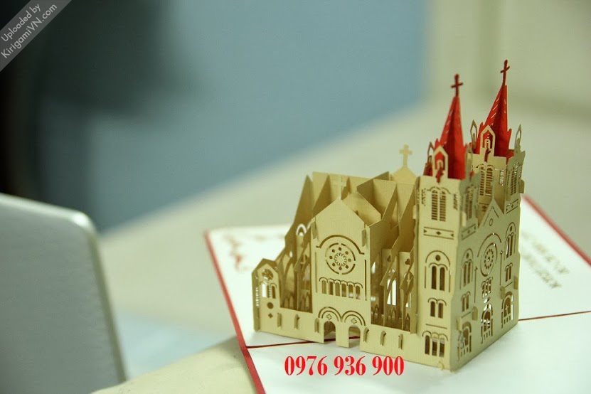 KirigamiVN Notre Dame Cathedral preview 1