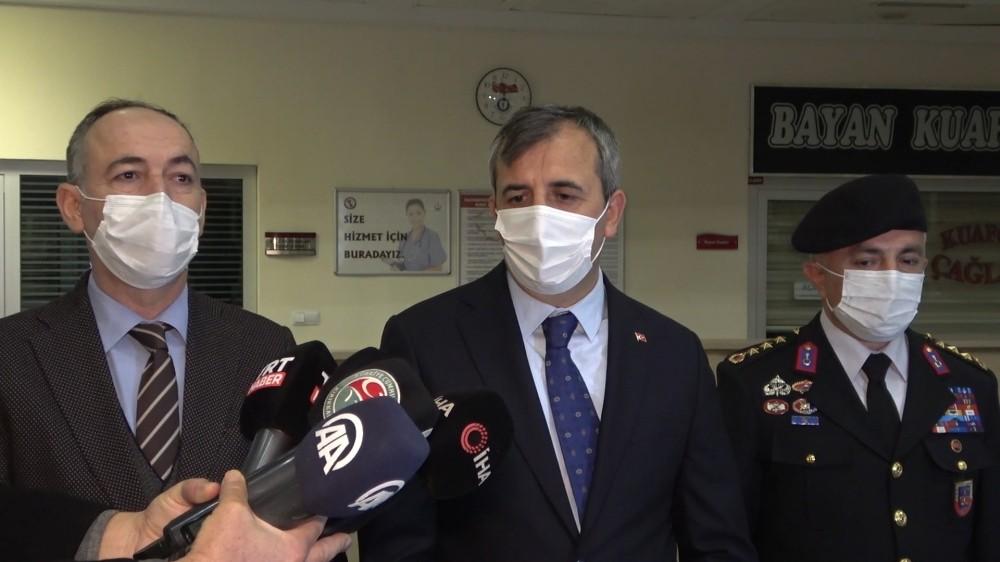 """Vali Sezer'den korona virüs açıklaması: """"Alınan tedbirlerle vakalar düşüyor"""""""