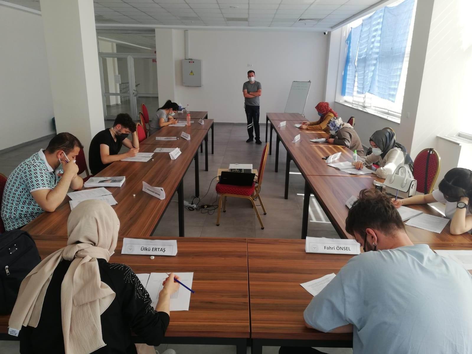 Kırıkkale'de sağlık personeline hizmet içi eğitim