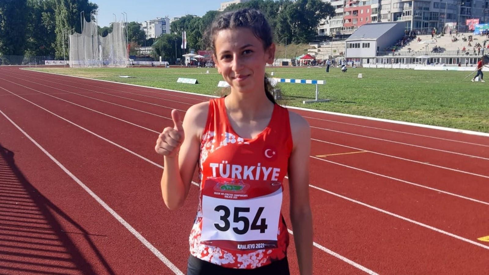 Ay yıldızlı formayla ilk kez koşan milli atlet Balkan üçüncüsü