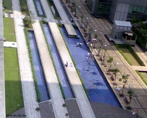 乾淨的水池
