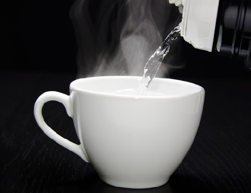 生理通に白湯