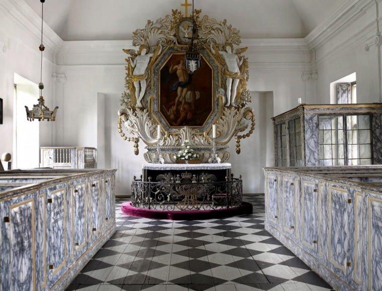 Clausholm slotskirke Kapelle-cropresize-768x585Foto slottets hjemmeside