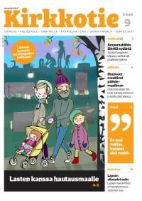 Kirkkotie-lehden 9/2021 kansi. Kannessa piirroskuva hautausmaalla kävelyllä olevasta perheestä.