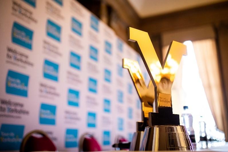 tour de yorkshire trophy