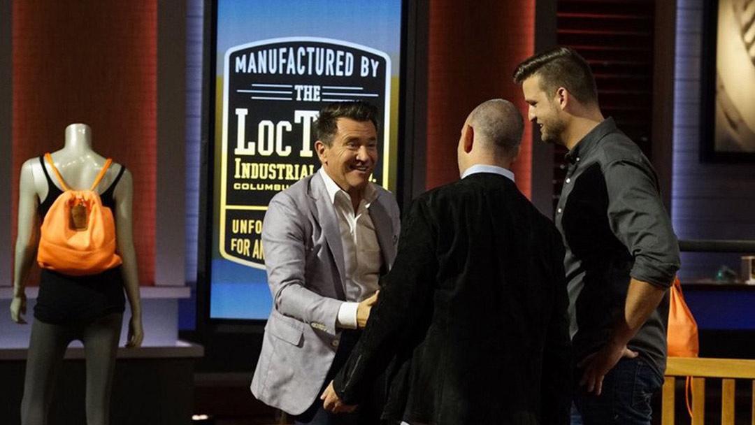 """Loctote Seals """"Flack Sack"""" Bag Deal with Robert Herjavec in Shark Tank"""