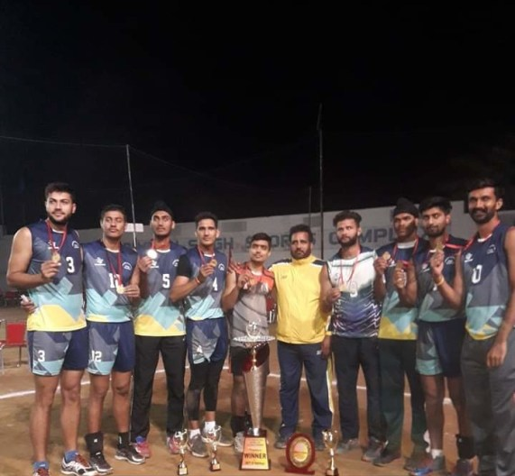 Die Siegermannschaft PBU Patiala