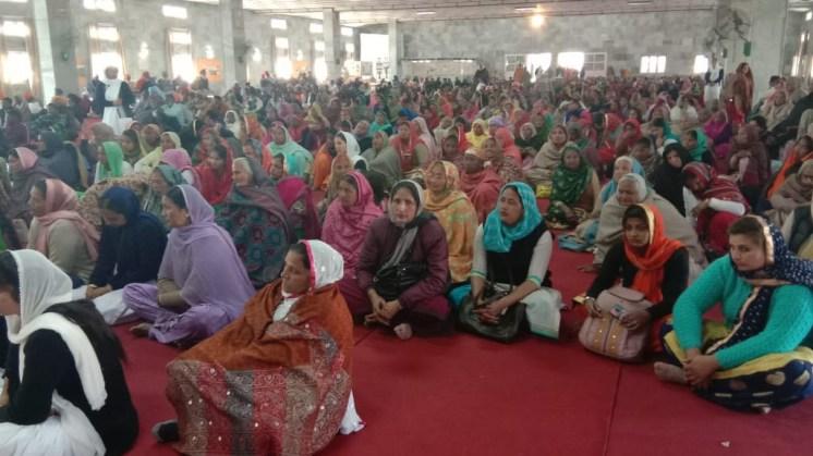 Die gefüllte Versammlungshalle
