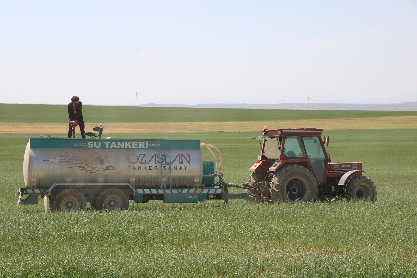 Çiftçiler kuraklığa böyle önlem aldı