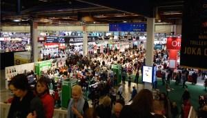Helsingin Kirjamessuilla 2013 kävi noin 70.000 vierasta.