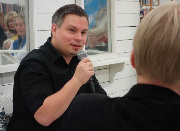 Tommi Kinnunen Turun Kirjamessuilla 2014