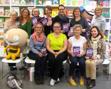 Kirsin Book Club kokoontui keskustelemaan Talvisodasta Otavalle. Kirjasta meille alusti Otavan Emma Alftan.