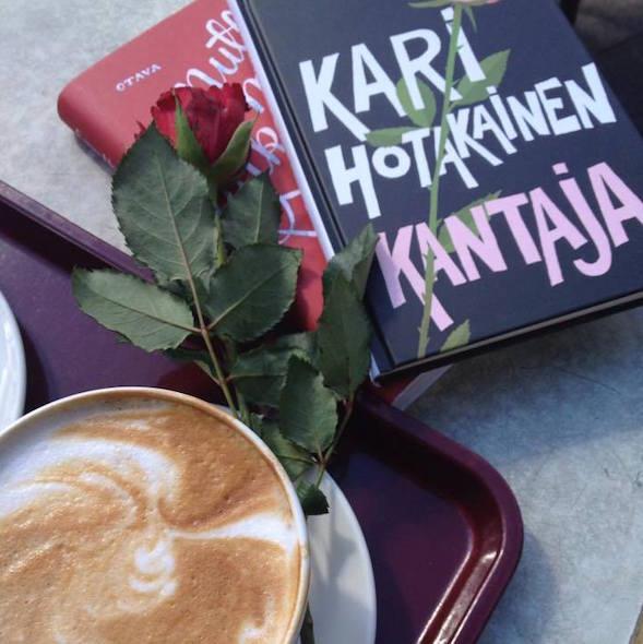 Myös Maija-Riitta osti Eppu Nuotion Mutta minä rakastan sinua. Saat lukea blogiarvion lähiaikoina.