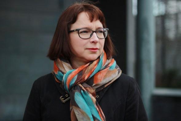 Pauliina Susi kirjoittaa niin taitavasti tietoturvasta, että vaikea hän väittää olevansa tavallinen tumpelo, Kuva: Lenita Susi