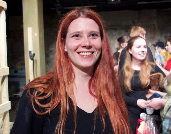 Q-teatterin Nuorten Teatterin dramaturgi ja ohjaaja Jaana Taskinen.