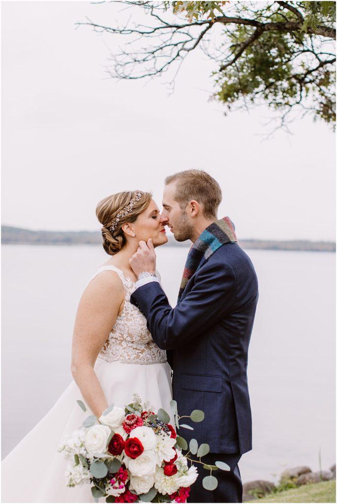 Madden's Resort Wedding photography by Kirsten Shelton