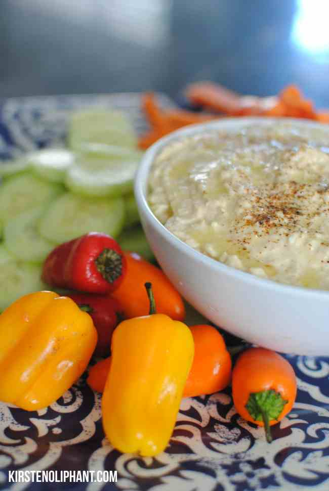 Homemade hummus: easy and delicious.