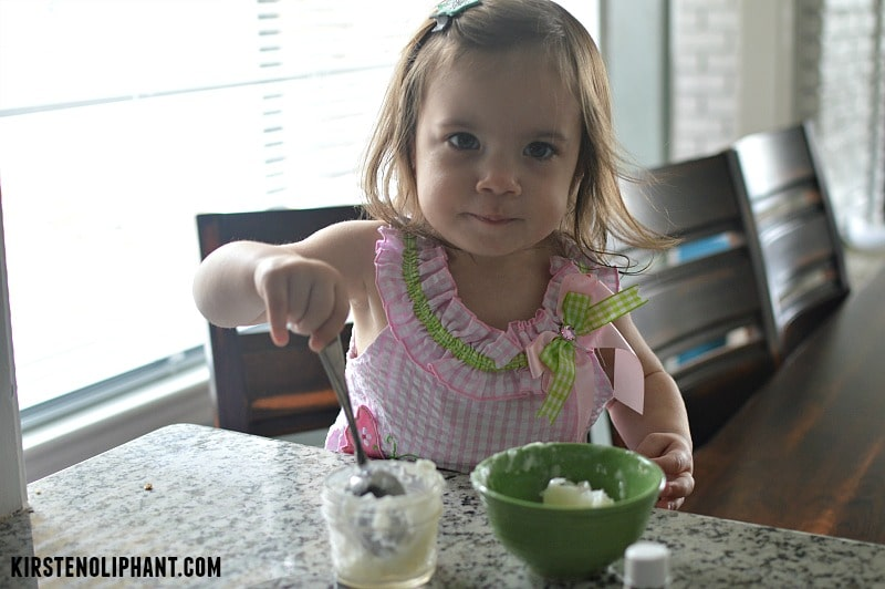 This is a super simple diaper cream recipe with coconut oil & lavender essential oil.