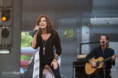 MartinaMcBride-CountryLakeShake-FirstMeritBankPavilion-20160617-KirstineWalton012
