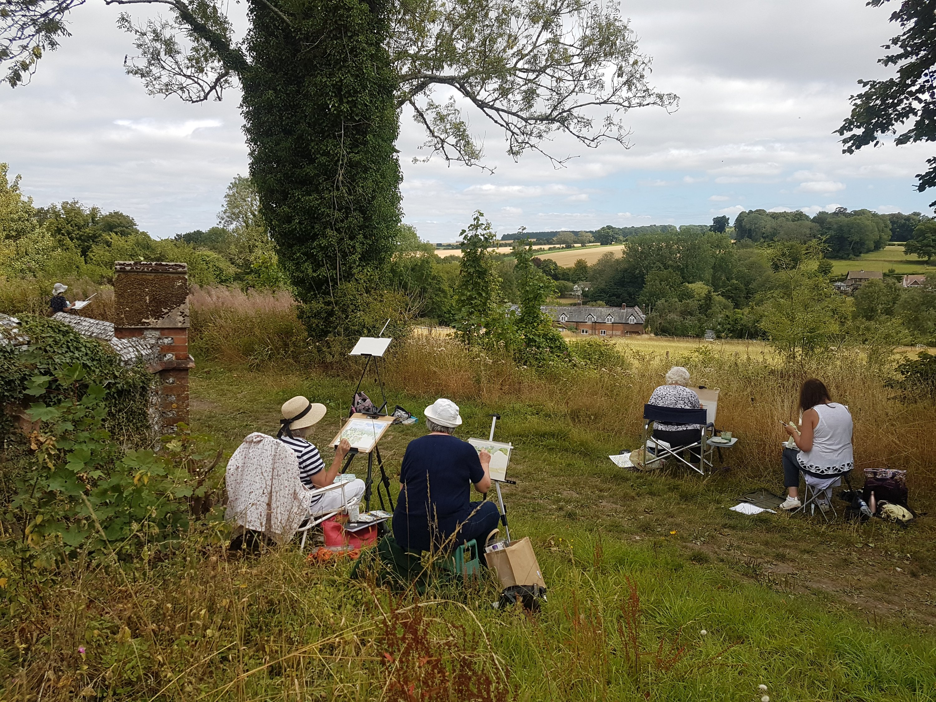 Rewarding Outdoor Painting Sessions in the Hampshire Countryside