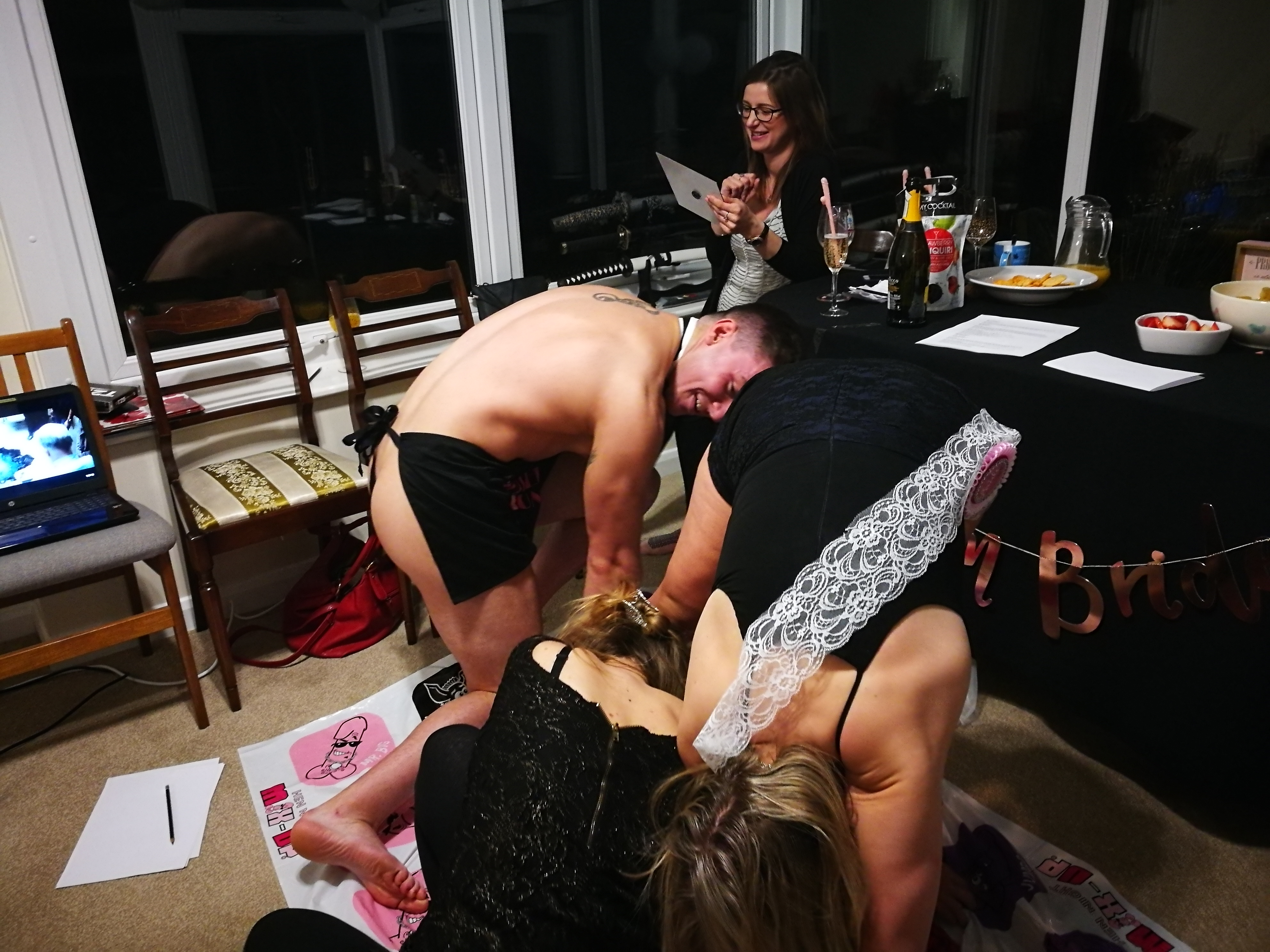 Playing twister with butler in buff