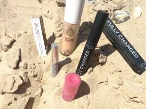 cruelty-free beach makeup look