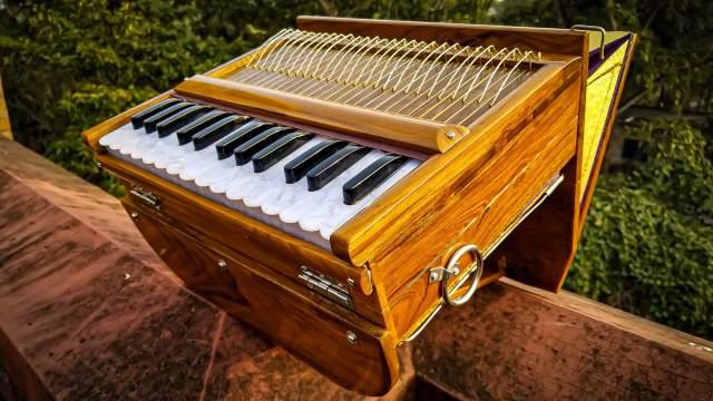 Mini Harinam Harmonium – German Reeds