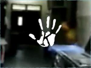 Kísértet terrorizálta a kórház betegeit! Egy ápoló levideózta!
