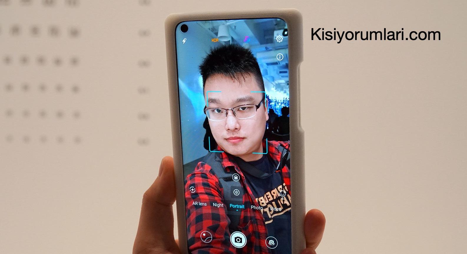 Huawei-Honor-View-20-ön-kamerası