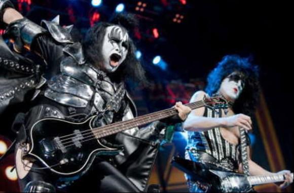 Kiss 2009