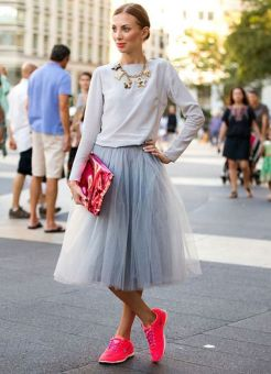 Sneakers fashion trend