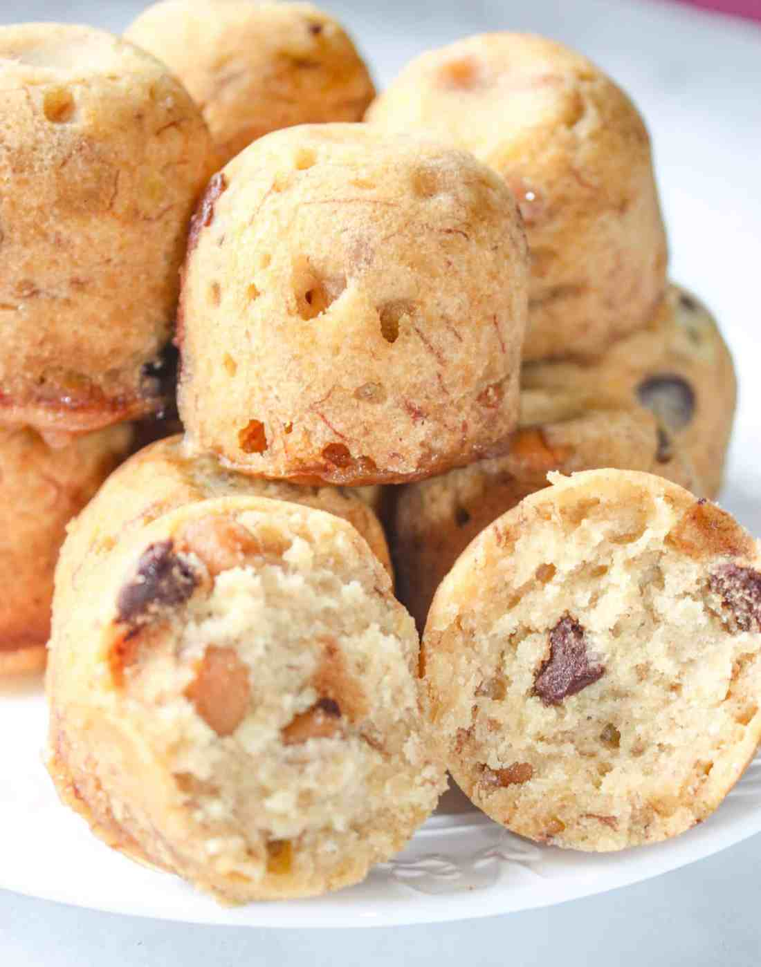 """Instant Pot Peanut Butter Banana Bites are an easy pressure cooker snack. These gluten free """"bites"""" are a flavourful muffin variation that your whole family will enjoy!"""