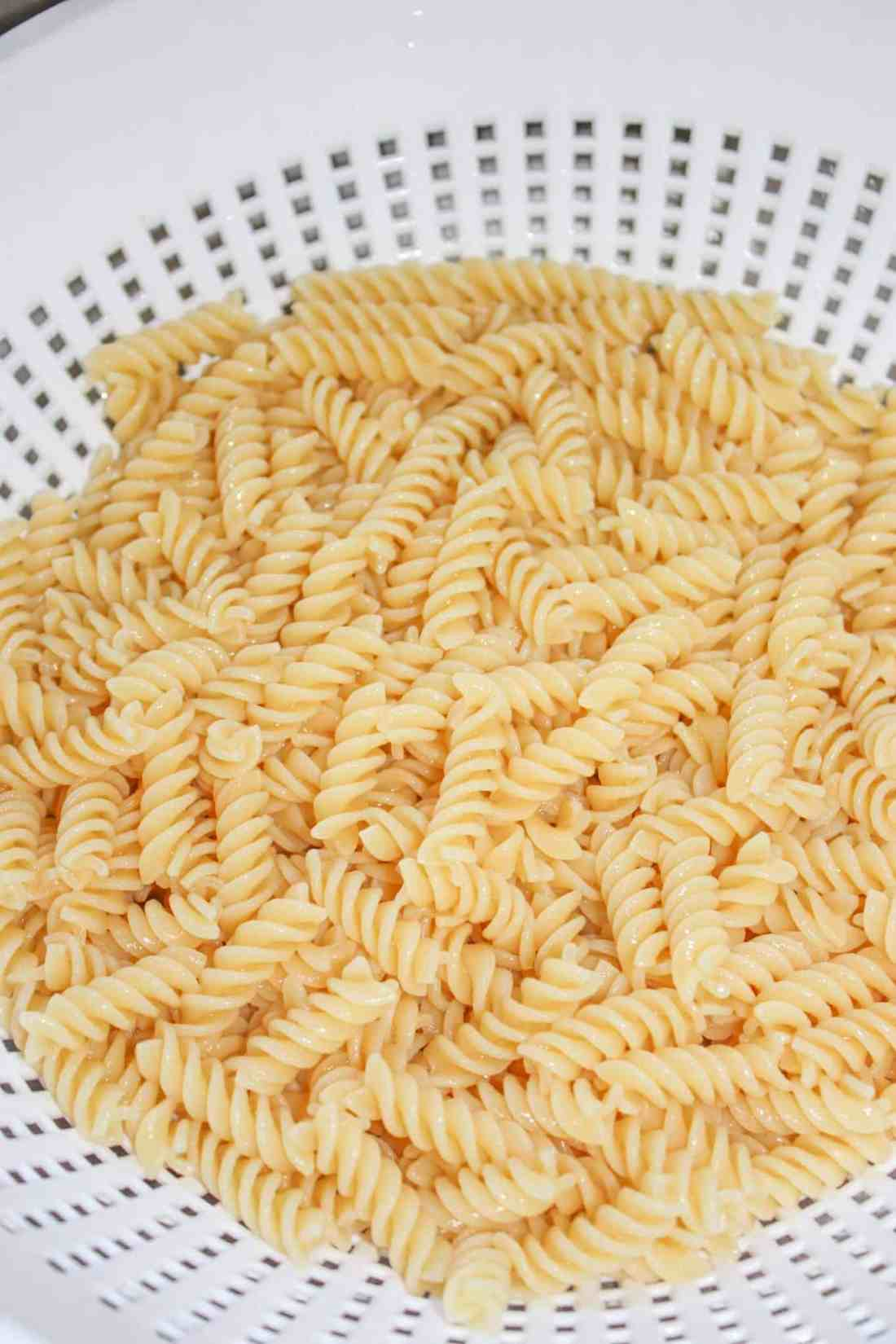 The cooked pasta.