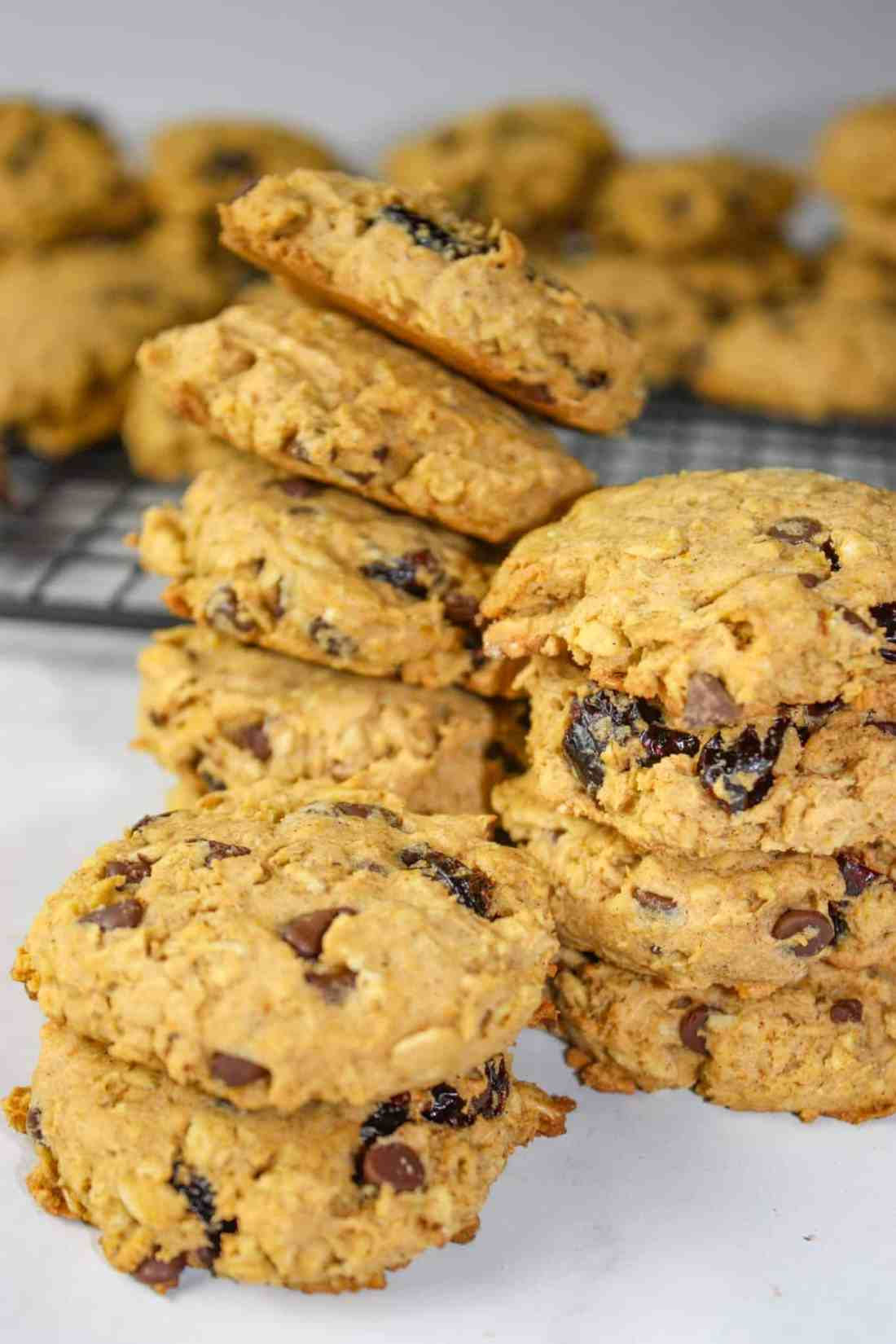 Flavours of Fall Cookies are loaded with seasonal ingredients. This gluten free cookie recipe is bursting with the tastes of pumpkin, cranberries, oatmeal and spices that bring to mind cooler weather days!