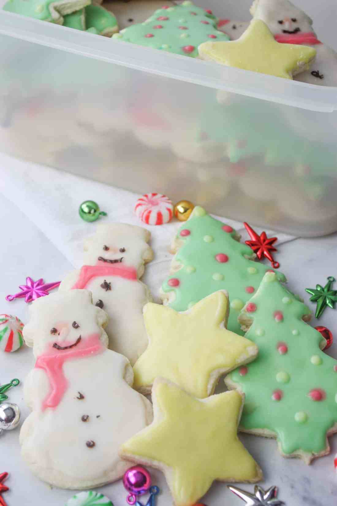 Here are the best Gluten Free Sugar Cookies I have ever made! They will be my new go to recipe, whether I decorate them for each holiday or leave them plain for dunking!