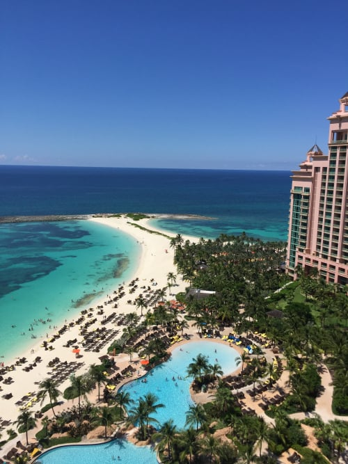 5 Reasons To Have A Bachelorette Party At Atlantis Resort