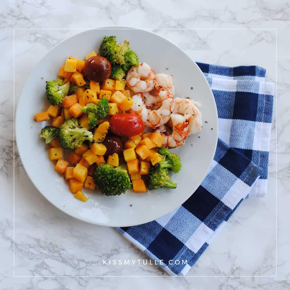 Roasted Shrimp and Vegetables with Crisco® Unrefined Organic Coconut Oil is the Perfect Fall Sheet Pan Meal #CriscoCoconutOil #IC#ad