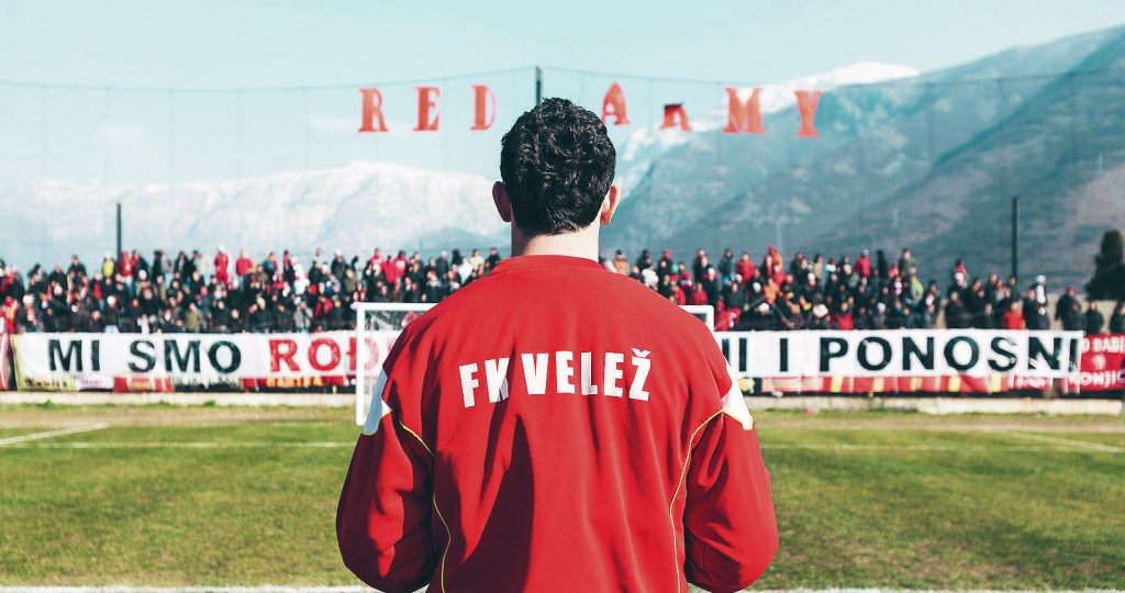 Velez playing the derby against Zrinjski (@These Football Times)